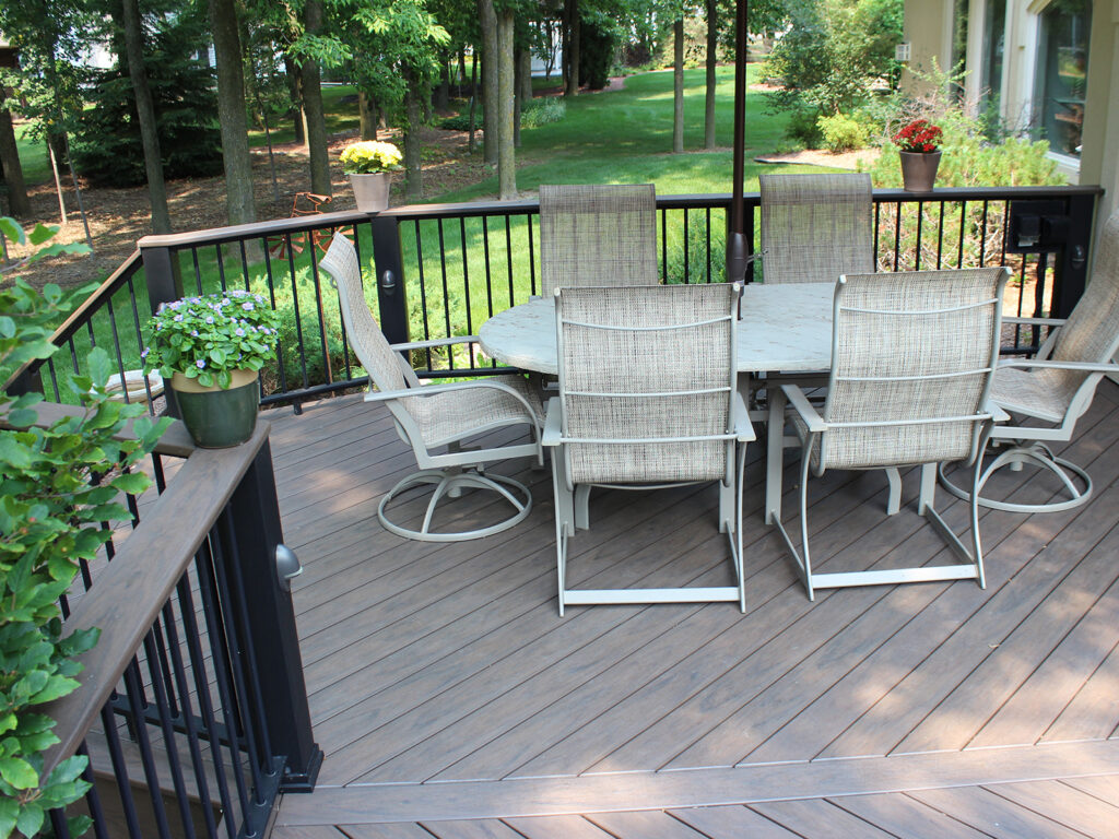 Maintenance Free Composite Deck and Railing 4