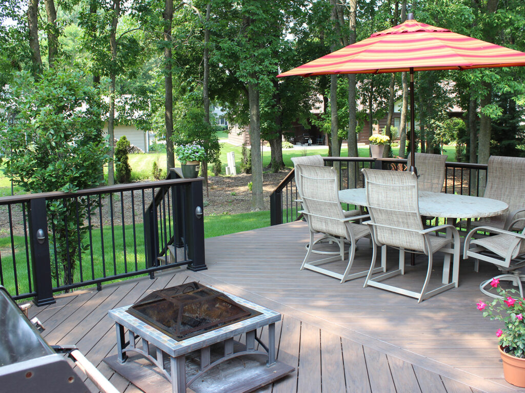 Maintenance Free Composite Deck and Railing 5
