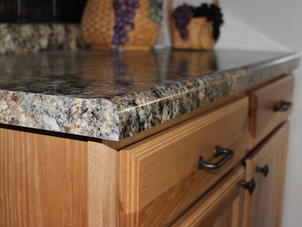 Mid Continent Cabinetry Beautiful Kitchen Redesign 11