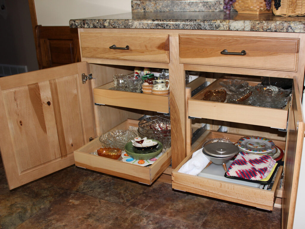 Mid Continent Cabinetry Beautiful Kitchen Redesign 15