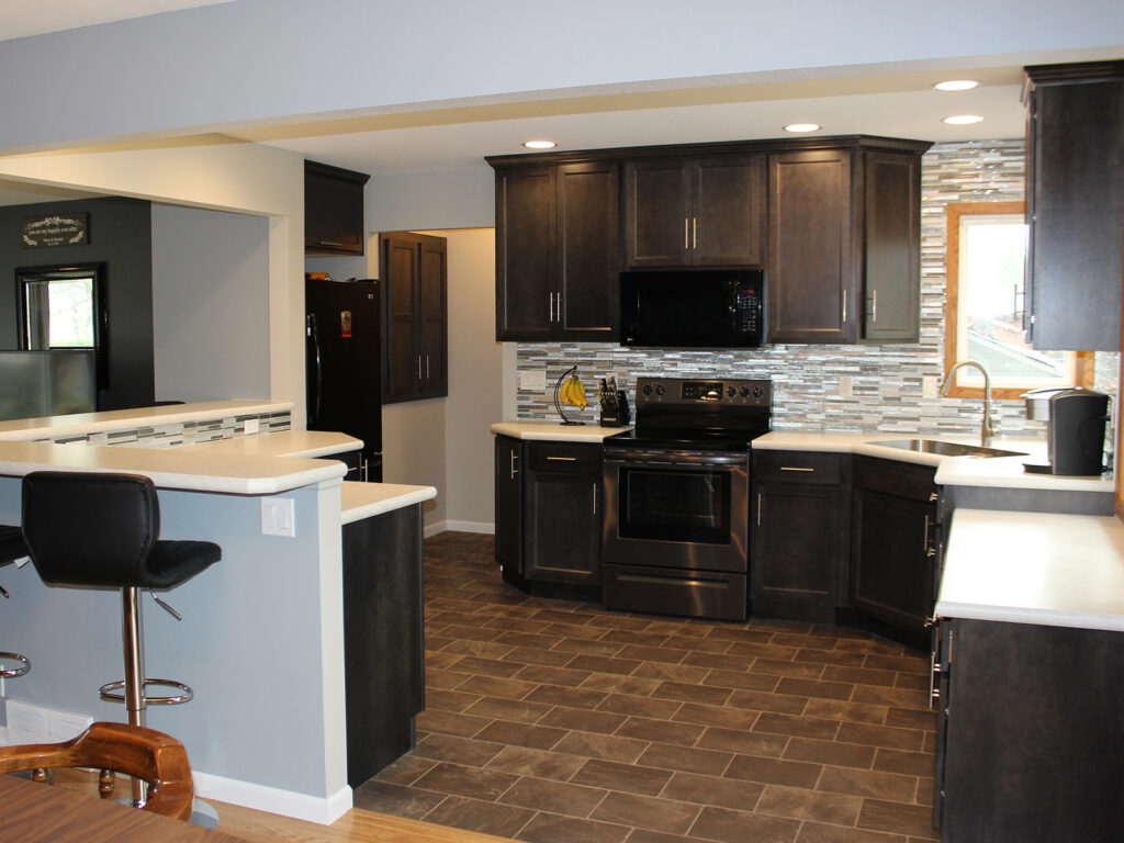 Mid Continent Cabinetry Contemporary Kitchen Update 3