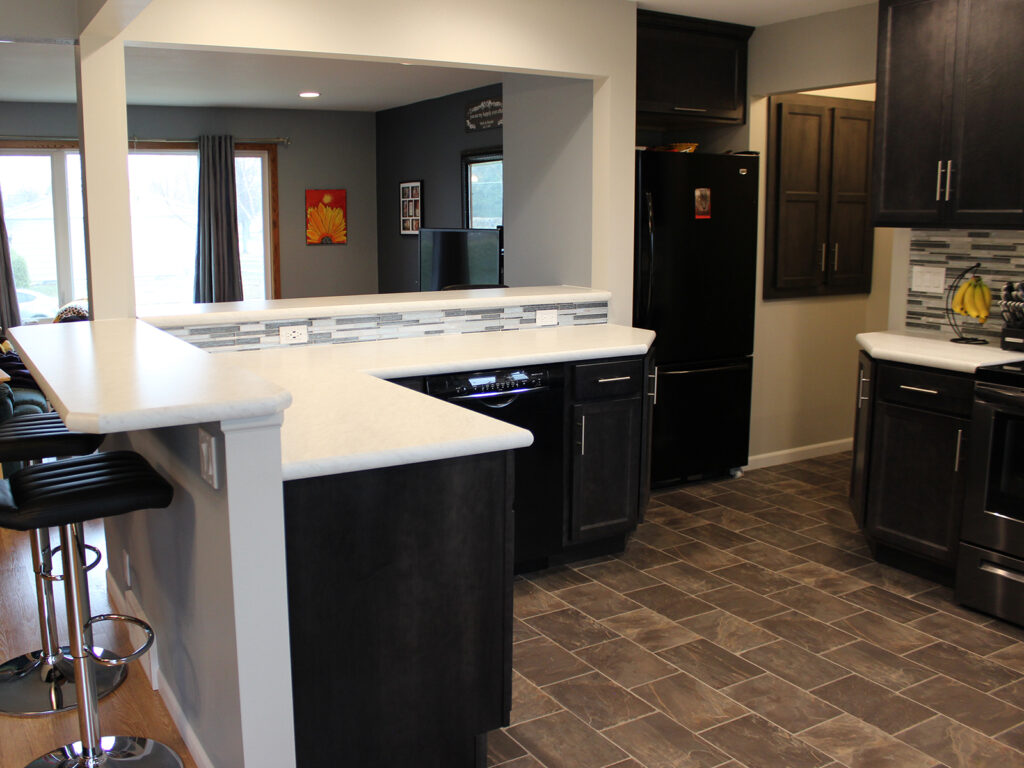 Mid Continent Cabinetry Contemporary Kitchen Update 9
