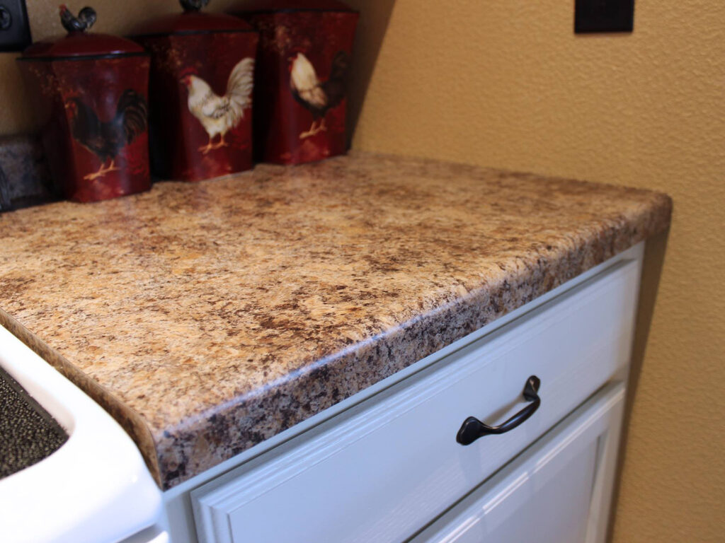 Mid Continent Cabinetry Dramatic 1950s Kitchen Makeover 5