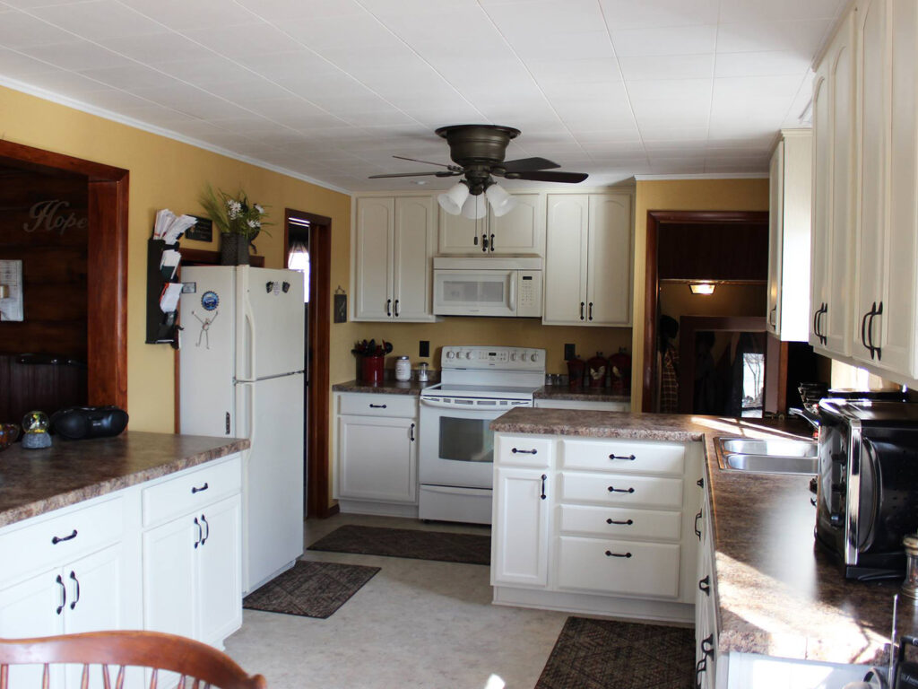 Mid Continent Cabinetry Dramatic 1950s Kitchen Makeover 9