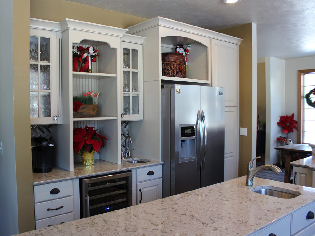 Mid Continent Cabinetry Gorgeous Kitchen Transformation 11