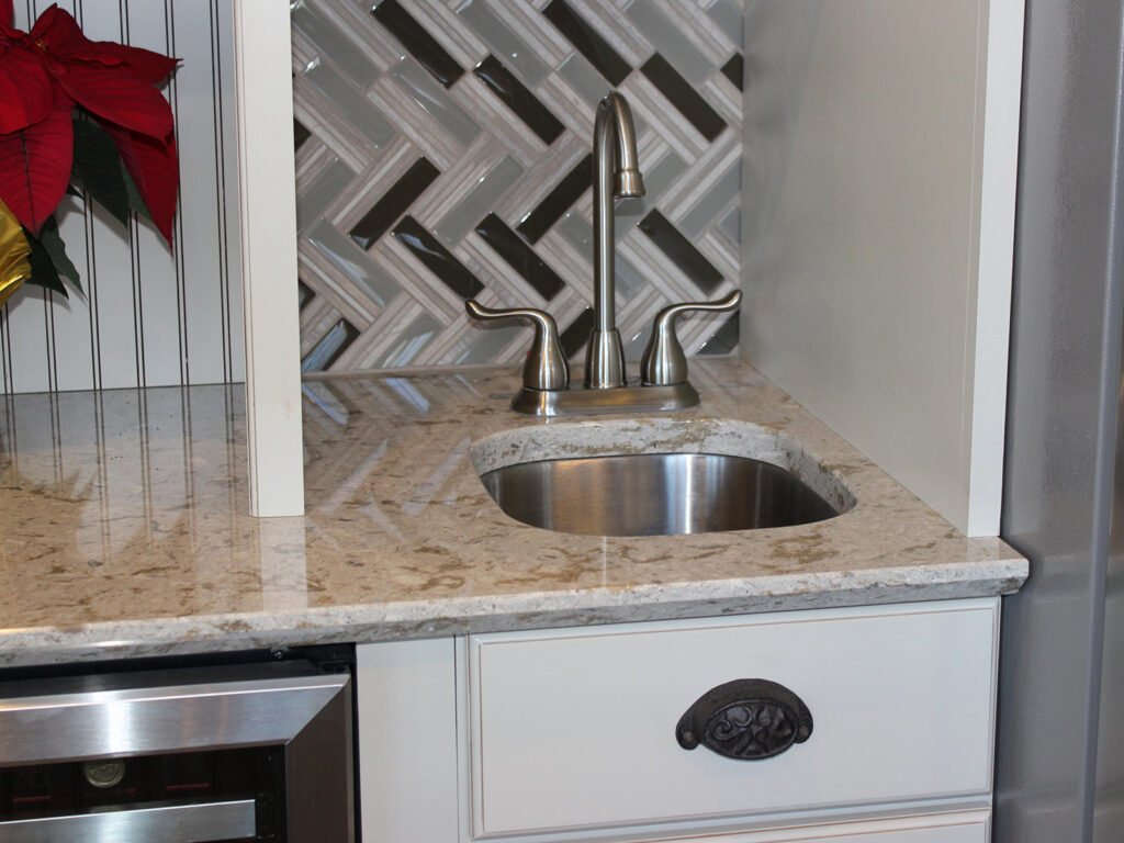 Mid Continent Cabinetry Gorgeous Kitchen Transformation 13