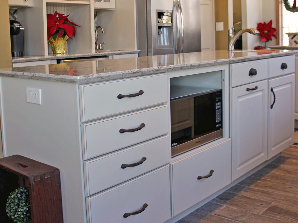 Mid Continent Cabinetry Gorgeous Kitchen Transformation 15