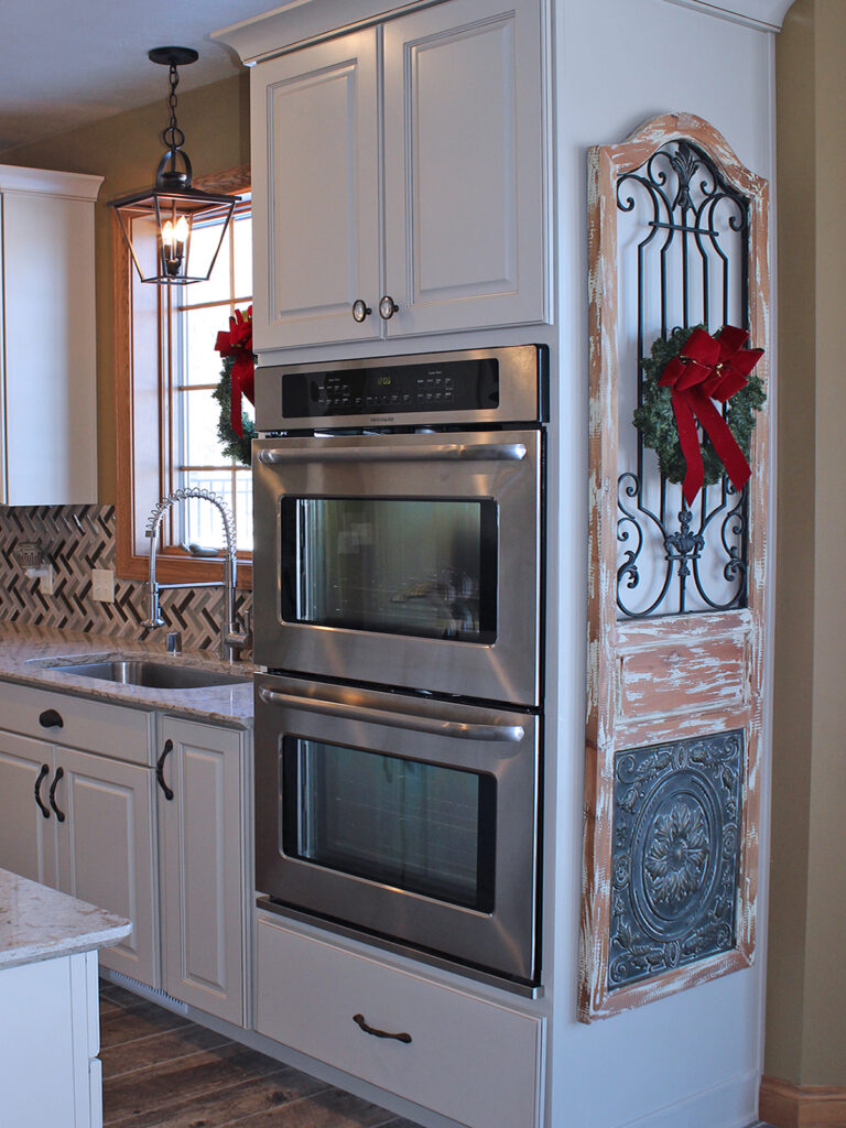 Mid Continent Cabinetry Gorgeous Kitchen Transformation 19