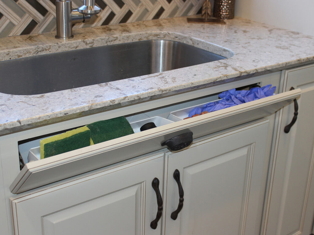 Mid Continent Cabinetry Gorgeous Kitchen Transformation 22