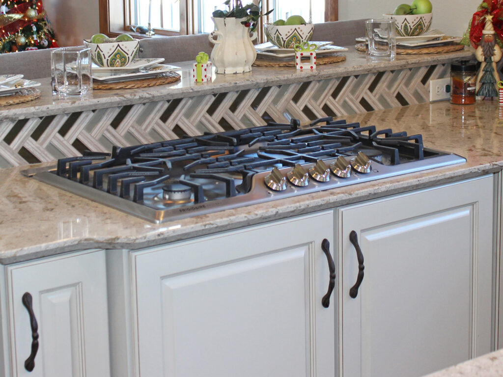 Mid Continent Cabinetry Gorgeous Kitchen Transformation 7