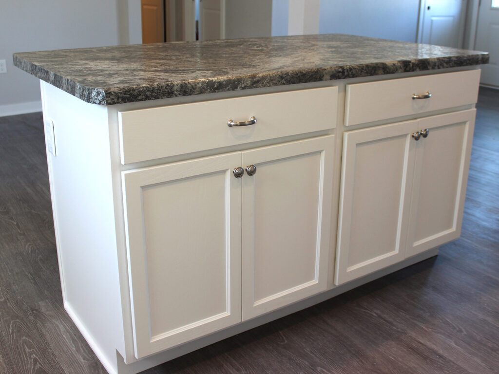 Mid Continent Cabinetry Open Concept Kitchen 3