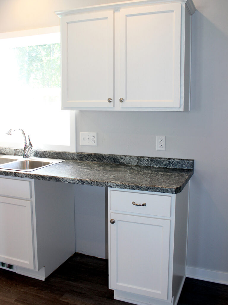 Mid Continent Cabinetry Open Concept Kitchen 7