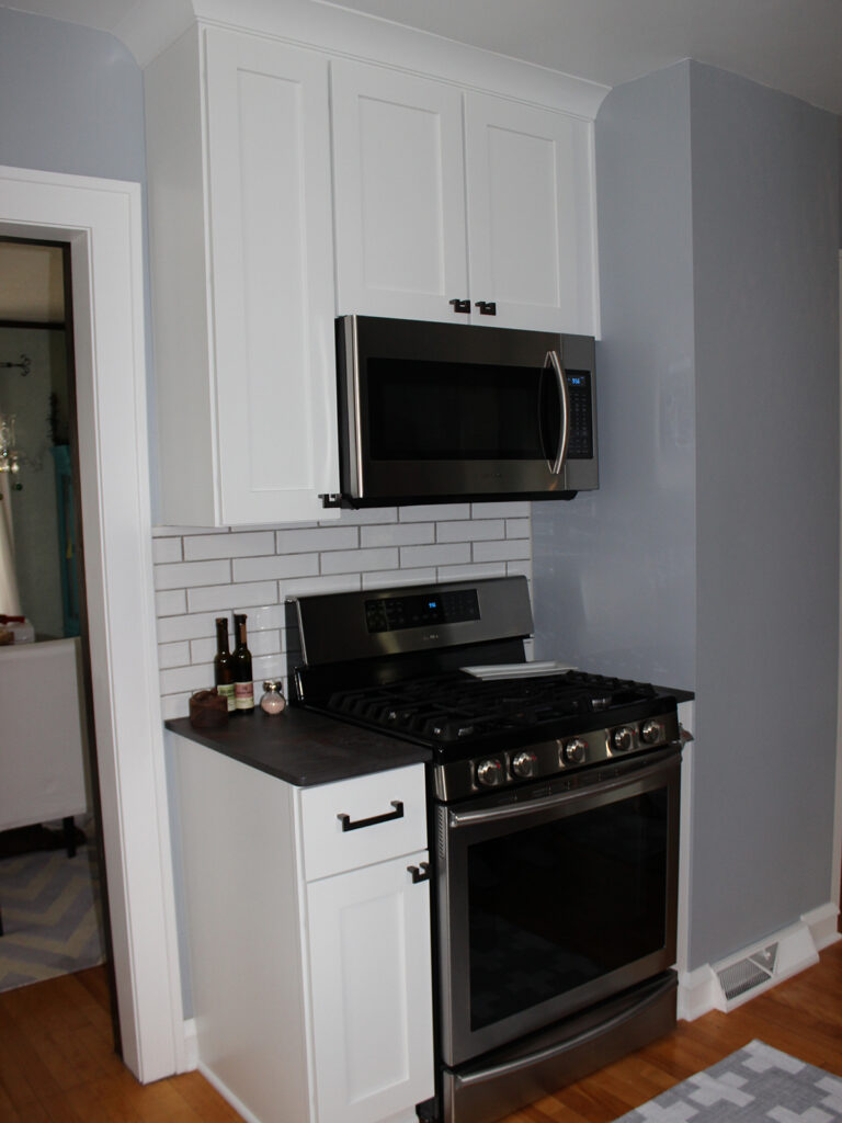 StarMark Cabinetry 1930s Charming Remodel 10