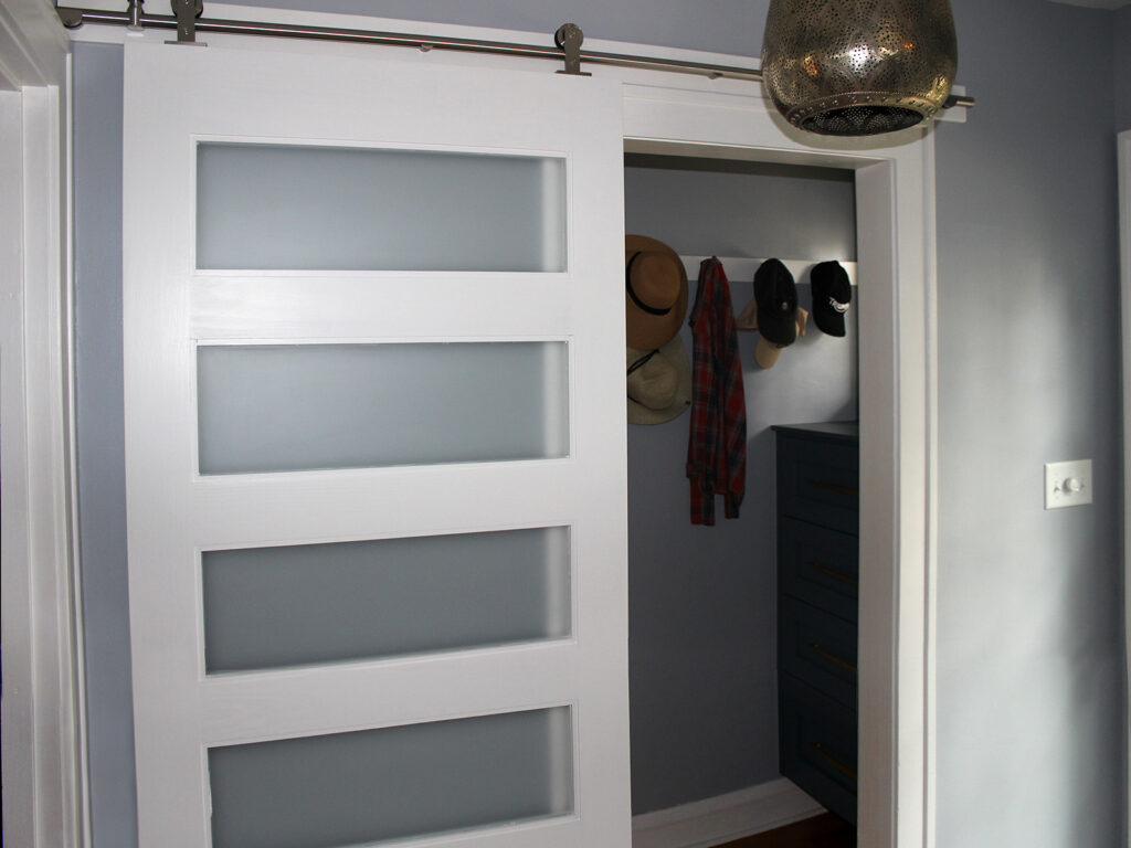 StarMark Cabinetry 1930s Charming Remodel 15