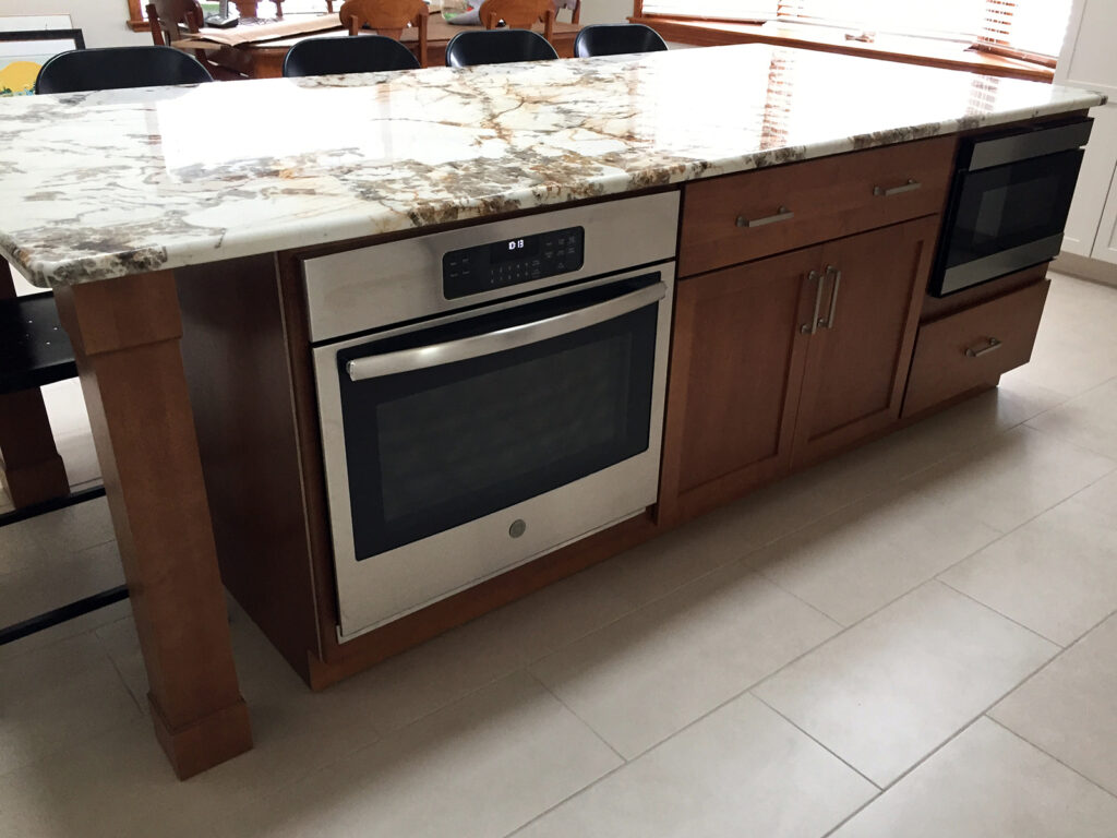 StarMark Cabinetry Beautifully Crafted Kitchen Renovation 4