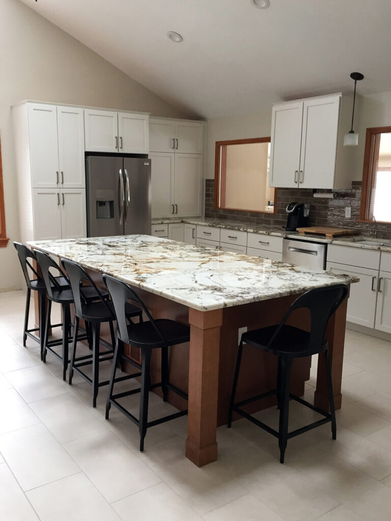 StarMark Cabinetry Beautifully Crafted Kitchen Renovation 5