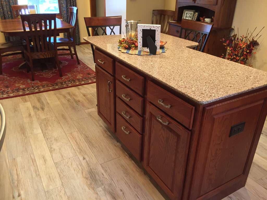 StarMark Cabinetry Designer Look Dream Kitchen 3