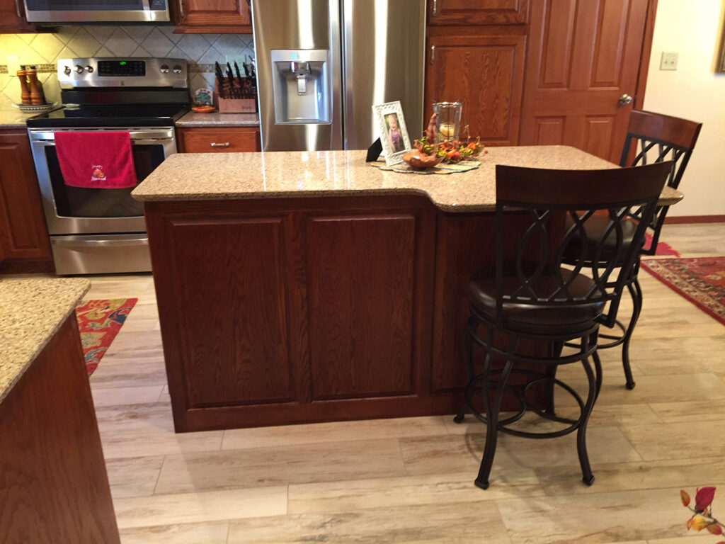 StarMark Cabinetry Designer Look Dream Kitchen 4