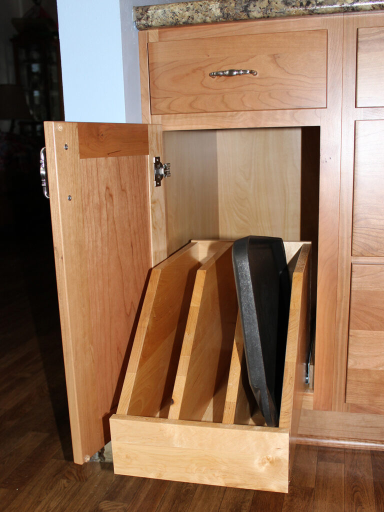 StarMark Cabinetry Dramatic Kitchen Makeover 10