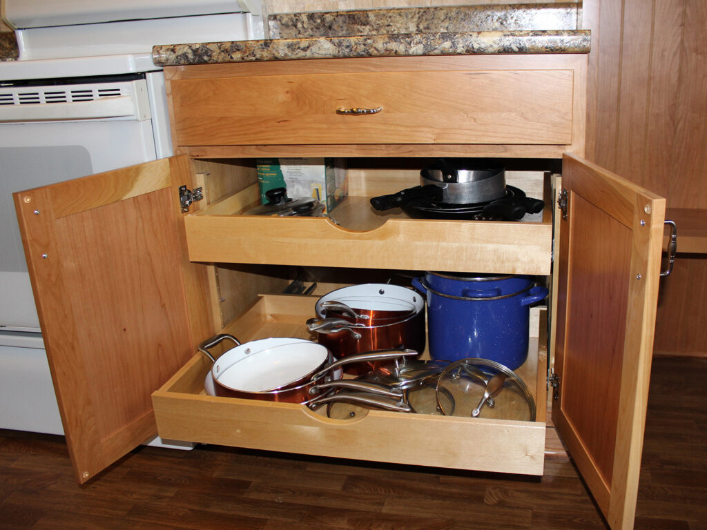 StarMark Cabinetry Dramatic Kitchen Makeover 11