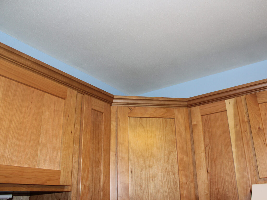 StarMark Cabinetry Dramatic Kitchen Makeover 13