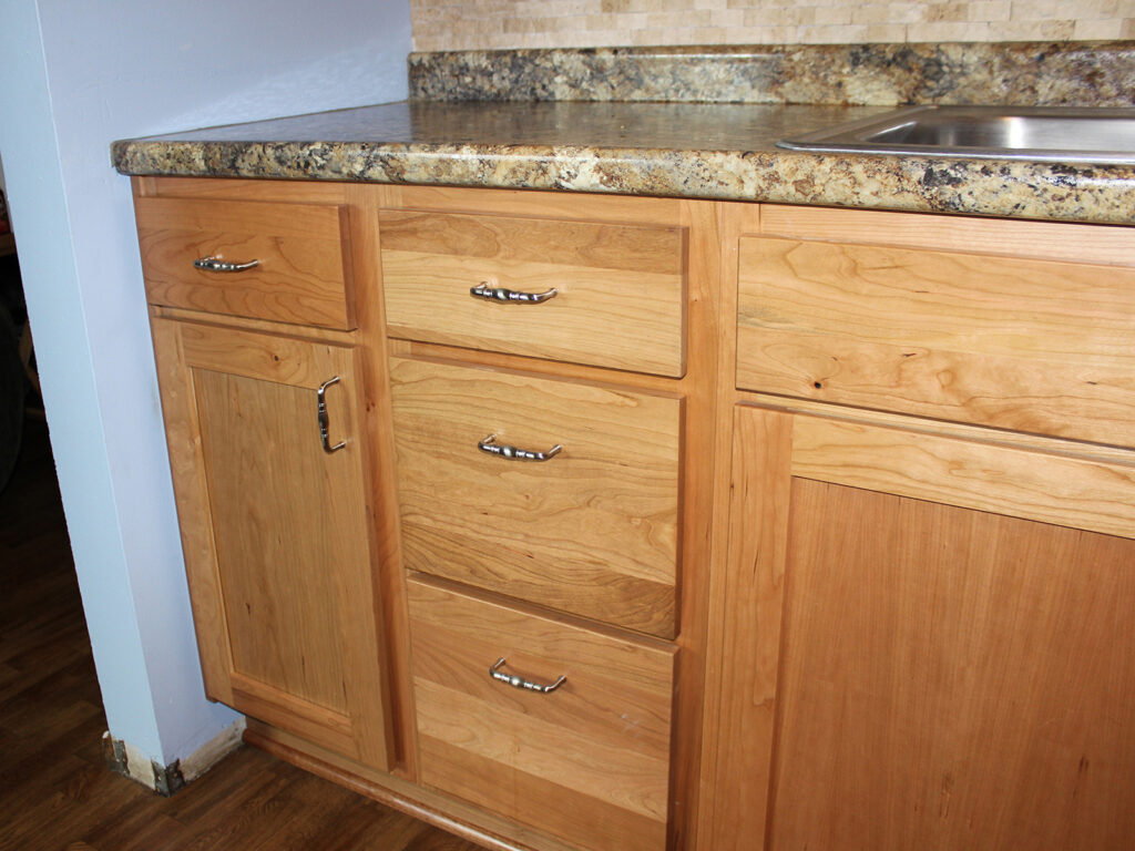 StarMark Cabinetry Dramatic Kitchen Makeover 15