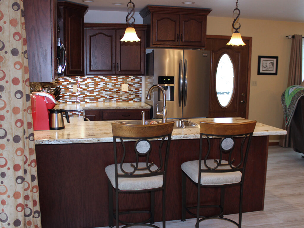 StarMark Cabinetry Elegant Redo of 1980s Kitchen 5