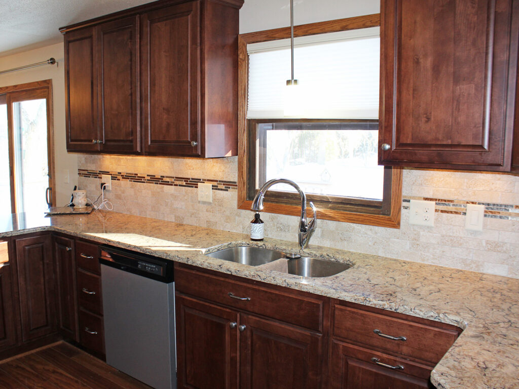 StarMark Cabinetry Fantastic 1980s Kitchen Redo 2