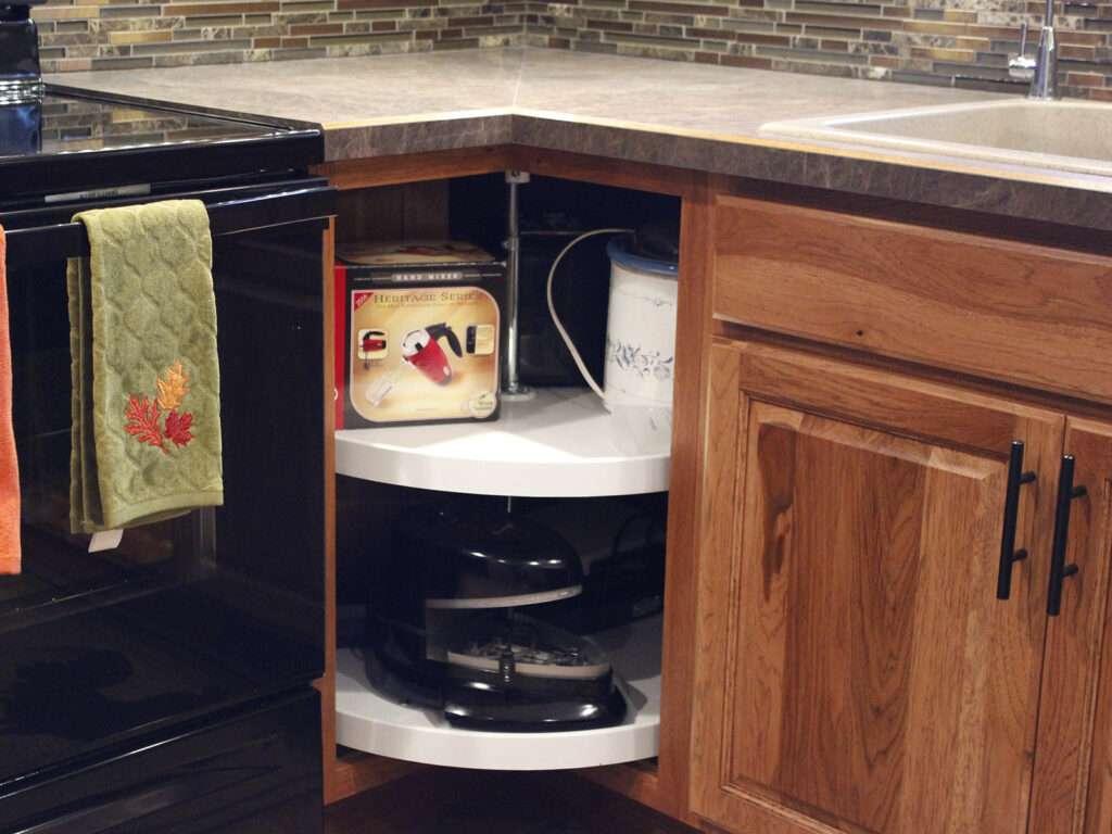StarMark Cabinetry Kitchen Elegant Redesign 13