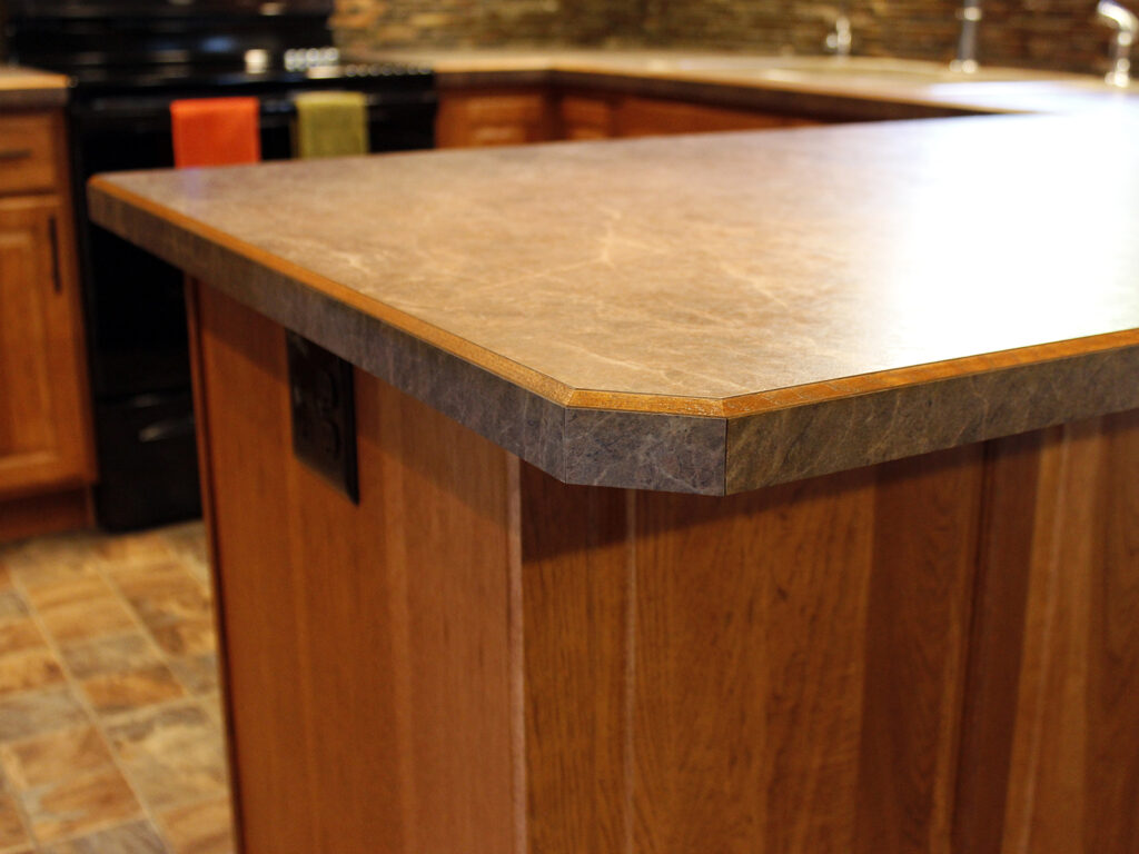 StarMark Cabinetry Kitchen Elegant Redesign 9